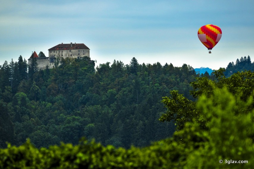 Hot air balloon flight over Bled castle